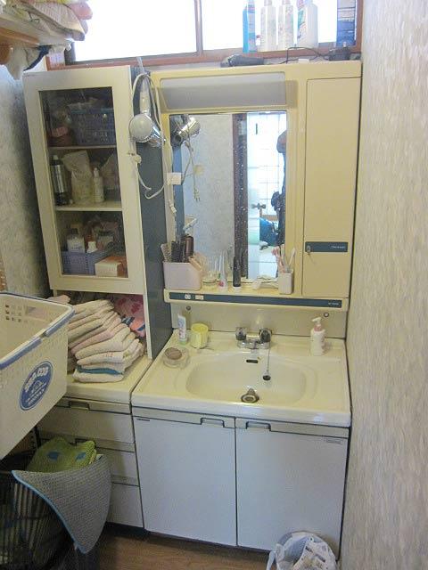既存の洗面台