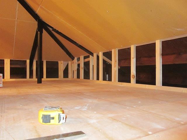 屋根裏収納リフォーム施工例④