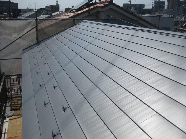 耐震工事例「屋根の耐震補強工事が完了」