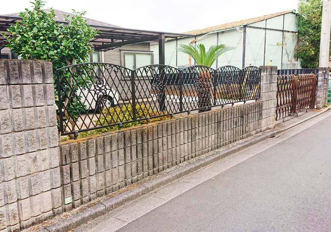 施工前のフェンスです