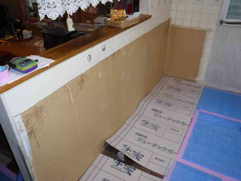 既存キッチン解体後