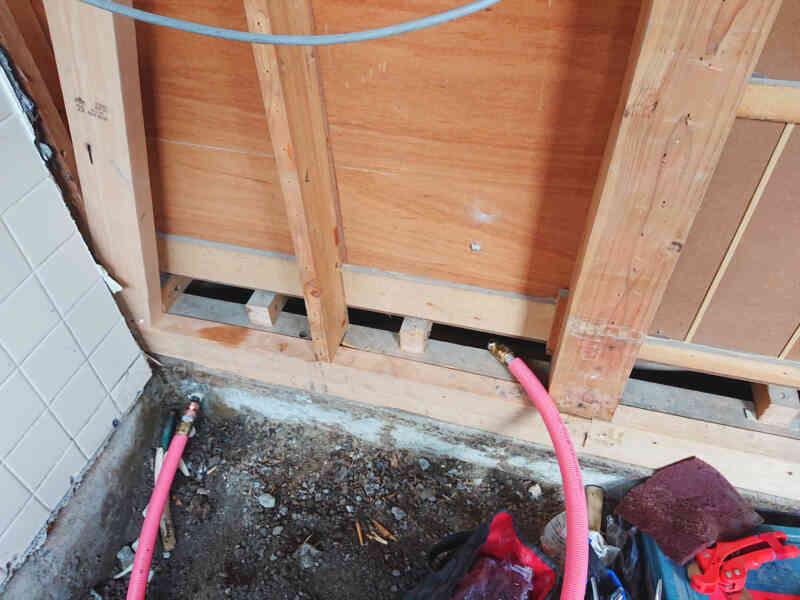 白蟻被害箇所の補強②