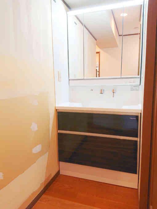 洗面化粧台 ファミーユ